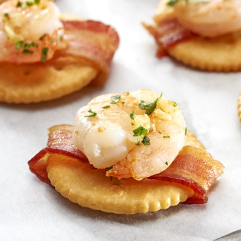 Shrimp Scampi & Bacon-Wrapped RITZ